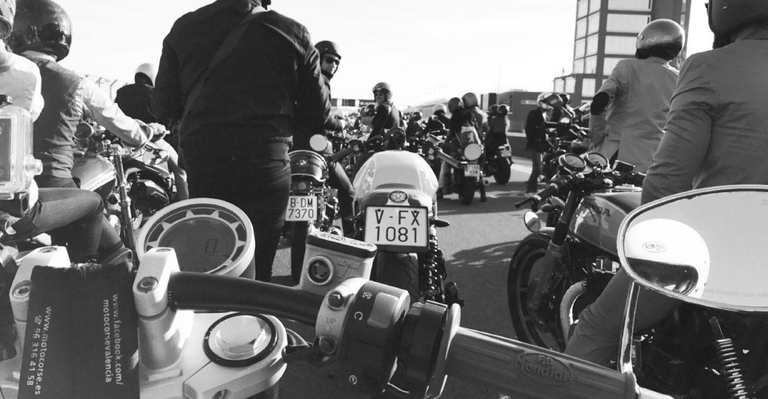 Distinguished Getlemans Ride en Valencia con Stop and Go